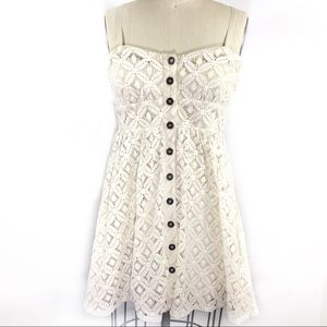 Three Pink Hearts White Lace Dress Size M